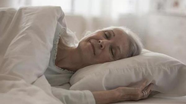 成都金牛区养老院一暄康养推荐老人养生保健的方法-按时休息