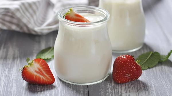 喝酸奶好处多,成都金牛区养老院一暄康养提醒应注意这些1(2)