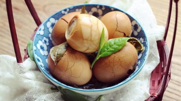 【成都养老院一暄康养】切记!鸡蛋不能和这些食物一起吃!-茶叶