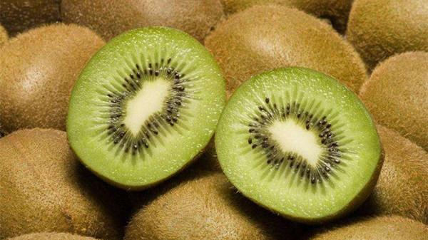 冬季吃对这8种水果,肌肤越变越水润(下)-猕猴桃
