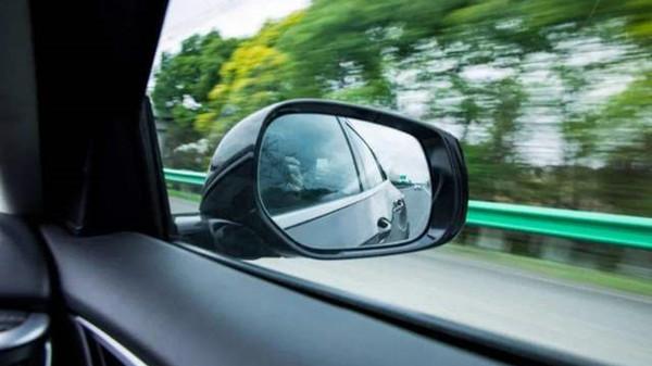 成都养老院一暄康养提醒开车时需要谨记11点 (1)-后视镜