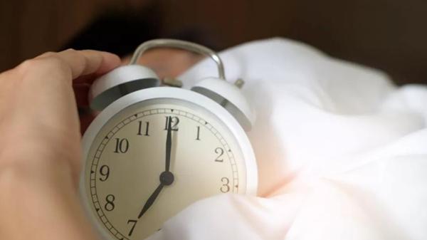淡化色斑,成都金牛区养老院表示重在预防-保证充足睡眠