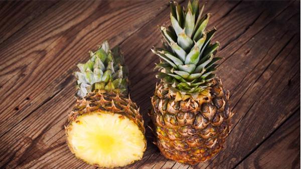 淡化色斑吃这些,成都养老院都说好——水果篇4菠萝