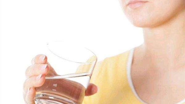不同体质人喝水的秘密,成都医养结合养老院为您揭秘-喝水