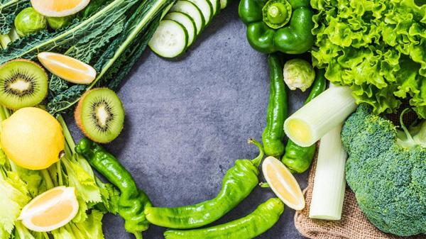 科学健身需要科学饮食,成都金牛区养老院为您分享老人健身的饮食原则-补充维生素K-深绿色蔬菜