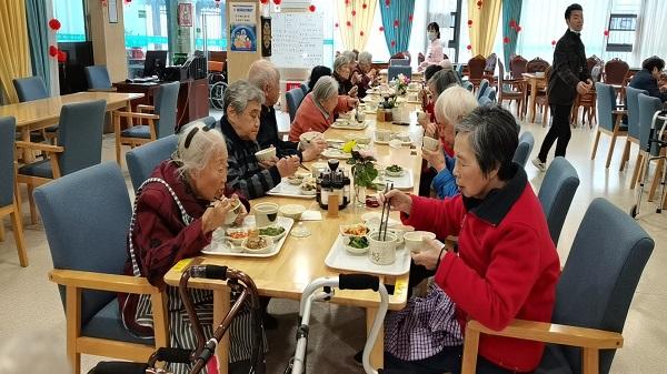 面对人口老龄化如何应对?成都高端养老院分享