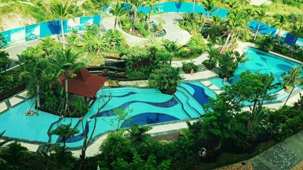 海南木棉湖的游泳池