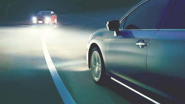成都养老院一暄康养提醒开车时需要谨记11点 (1)-远光灯