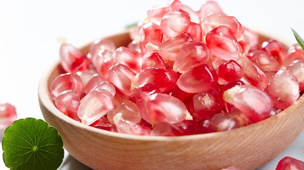 成都高端养老院一暄康养分享适合糖尿病患者食用的水果-石榴
