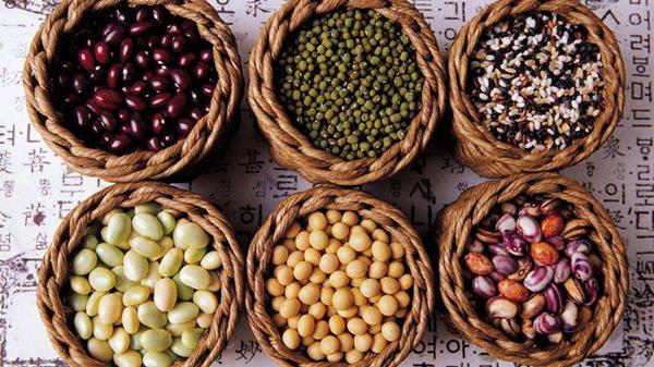 糖尿病患者饮食原则-科学搭配粗粮和细粮