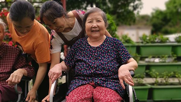 我国有多少家居家社区养老机构?成都口碑好的养老院为您介绍.