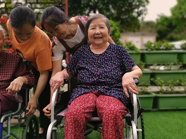我国有多少家居家社区养老机构?成都口碑好的养老院为您介绍